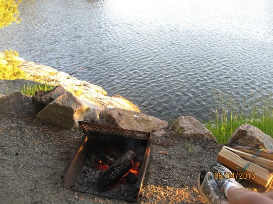 Mount Desert Campground: campfire pit at site