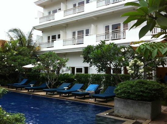Frangipani Villa Hotel, Siem Reap: Pool Garden