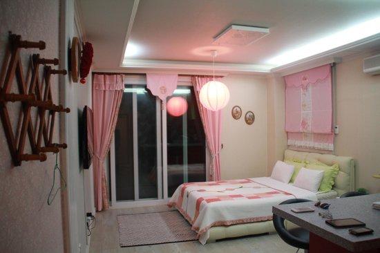 Bellus Rose Pension: Bellus-Rose Romantic room
