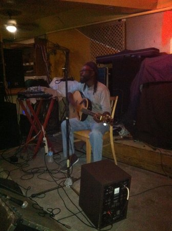 Quito's Gazebo : Quito on the guitar
