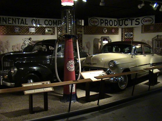 Museum of the Northern Great Plains: Cars