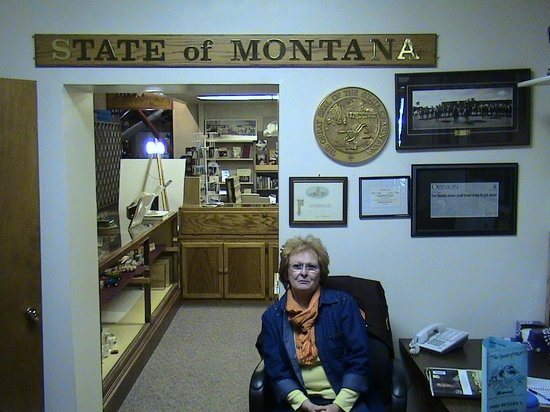 Museum of the Northern Great Plains: Marcie the friendly and helpful hostess