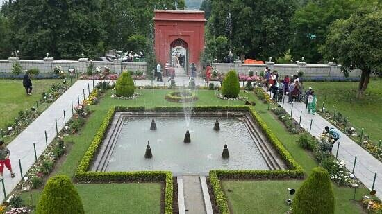 Mughal garden picture of kashmir jammu and kashmir Mughal garden booking