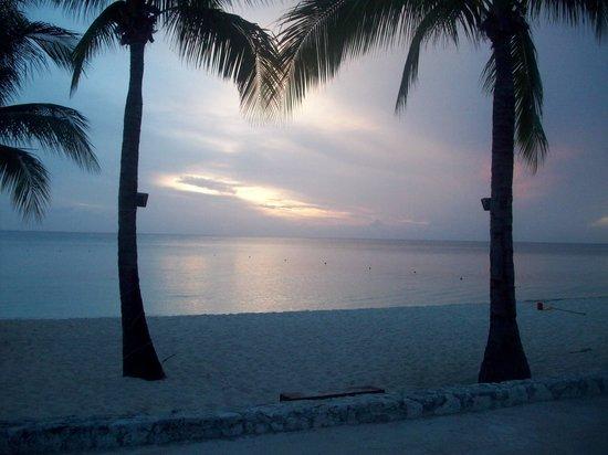 Allegro Cozumel: North beach sunset