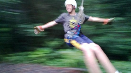 Monteverde Frog Pond : Tarzan swing at the end of the canopy zipline tour
