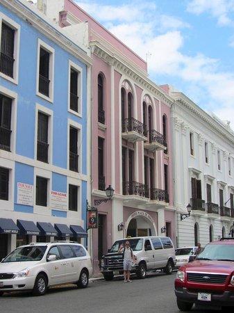 Hotel Plaza De Armas Old San Juan: front of hotel
