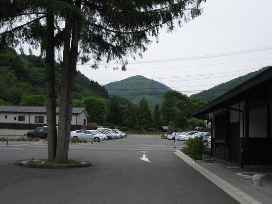 Shiojiri, Japan: 無料駐車場