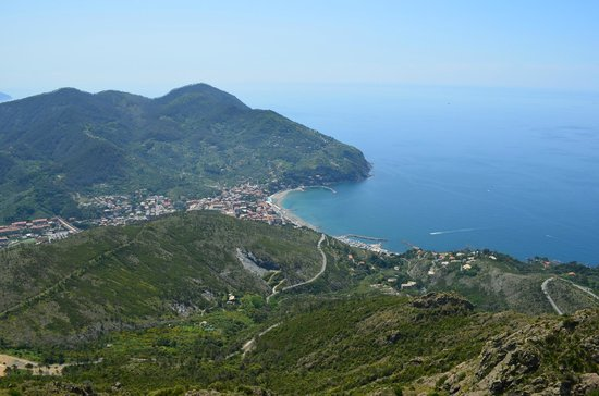 B&B Cicale di Mare: Levanto from the top