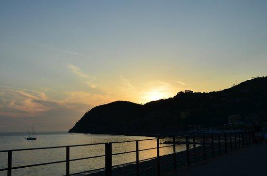 B&B Cicale di Mare: Sunset in Levanto
