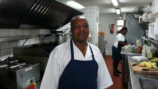 Le  Calypso: le cuisinier