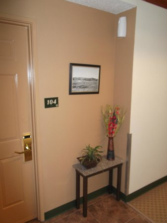 LakeHouse Hotel: Little touches in the hallway
