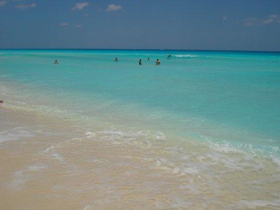Playa Delfines : praia