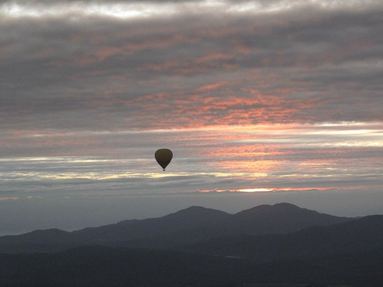 Hot Air Balloon Port Douglas : Hot air ballon flight