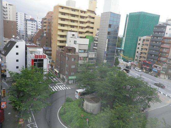 Hotel Mets Komagome : 駒込駅南口広場附近です