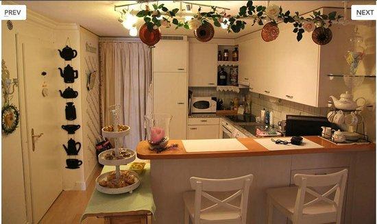 Im Röseligarten: Gästeküche