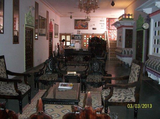 Kurabar Kothi & ZO Rooms: lobby view