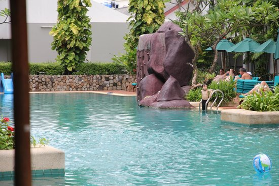 Banthai Beach Resort & Spa: the awesome pool