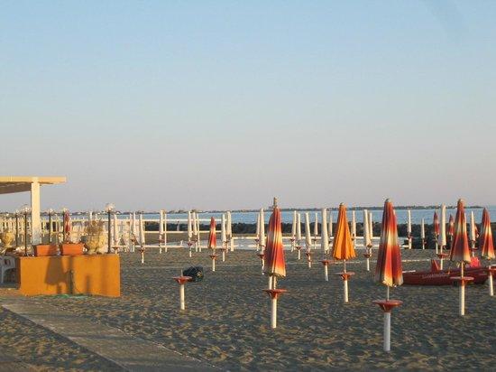 Bbq Bibikiu Village: Beach view