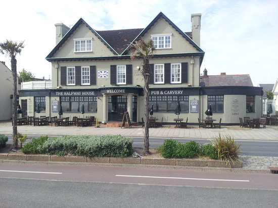 Halfway House Brentwood Hotel