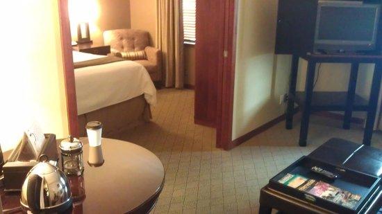 The Heathman Hotel: Living Room into bedroom (sliding doors close tight)