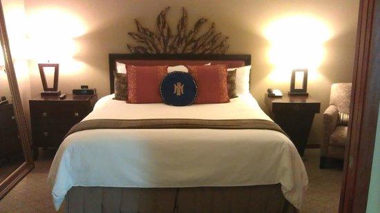 The Heathman Hotel: Bedroom