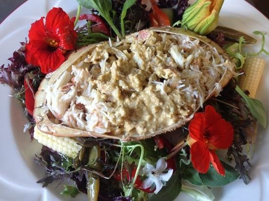 The Horse and Groom: fresh crab salad!!