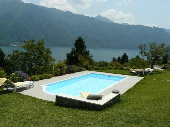 B&B Re Perone: best view at Lago d'Idro
