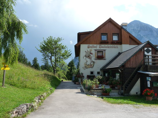 Gasthof Dachsteinblick: From the outside left