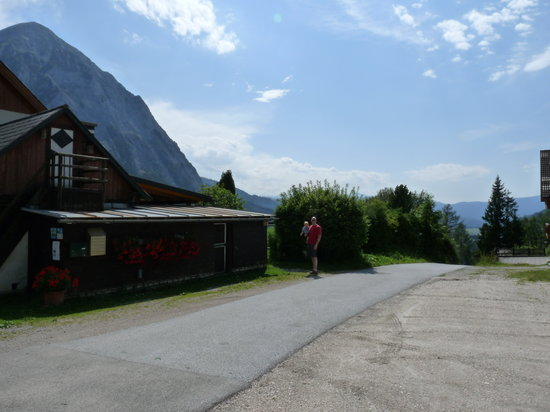 Gasthof Dachsteinblick: From the outside right