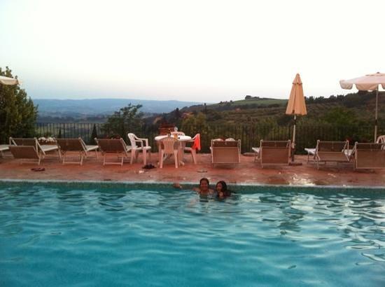 Casa Vacanze Podere Mezzastrada: view from the pool