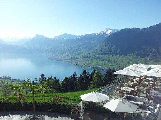 Ennetbuergen, Suíça: Blick vom Balkon des Zimmers