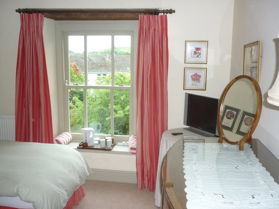 Tabor House B&B: The Red Room