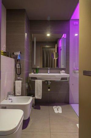8piuhotel: Bagno camera