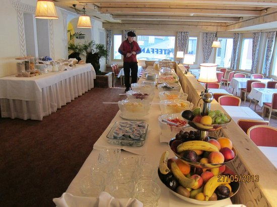 Hotel Steffani: breakfast was complimentary.