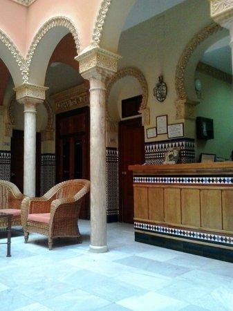 Hotel Zaida: Reception