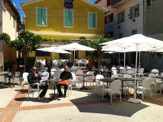 Id al pour un diner la chandelle en amoureux picture for Antibes restaurant le jardin