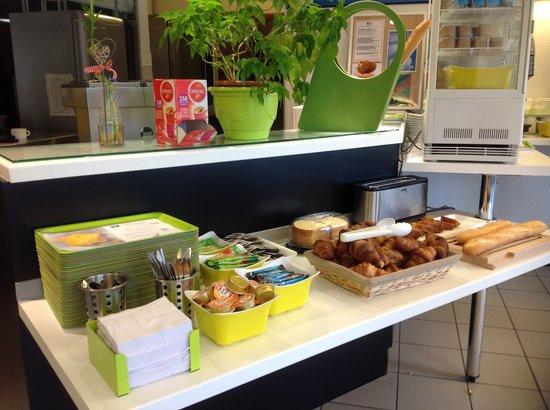 Buffet Petit D U00e9jeuner
