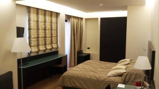 O&B Athens Boutique Hotel: Grand Superior Room