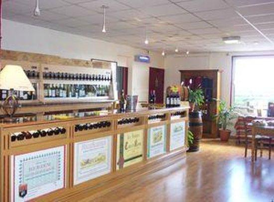 Fréthun, France : Le bar de dégustation