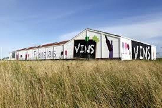 Fréthun, France : Le magasin