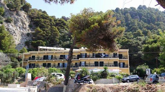 Glyfada Beach Hotel Corfu: vom Strand aus gesehen
