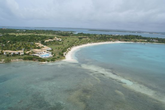 Jumby Bay, A Rosewood Resort: View of the pool and beach from a helicopter