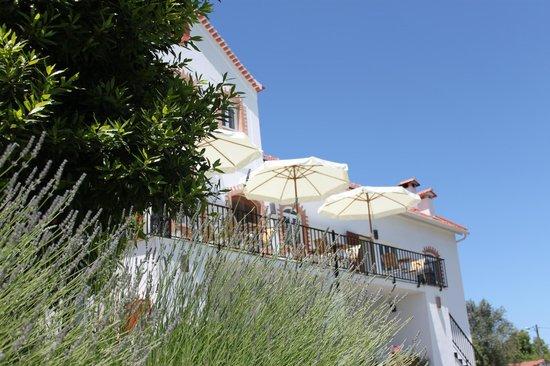 Casa nas Serras: Sunshine on the terrace