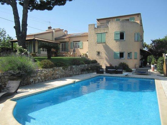 Villa Antoline : Piscina