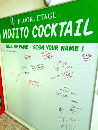 Party Hotel Golden Sands: WALL OF FAME