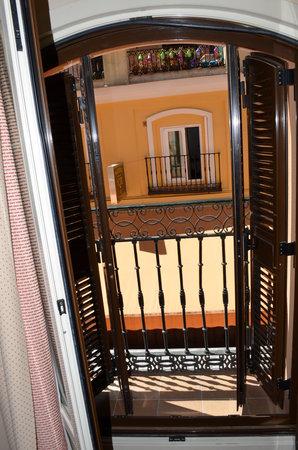 Hotel Victoria 4: Room Balconey