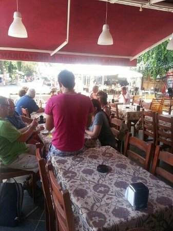 Meydan Restaurant: meydan daytime