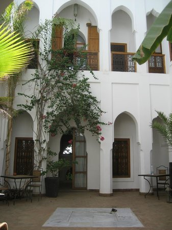 Riad Miski: courtyard