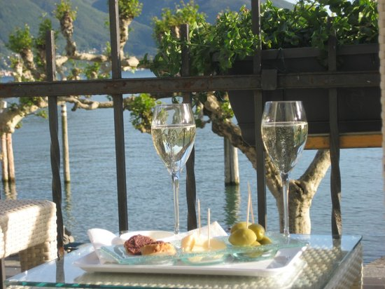 Hotel Schiff-Battello Ascona : view from room
