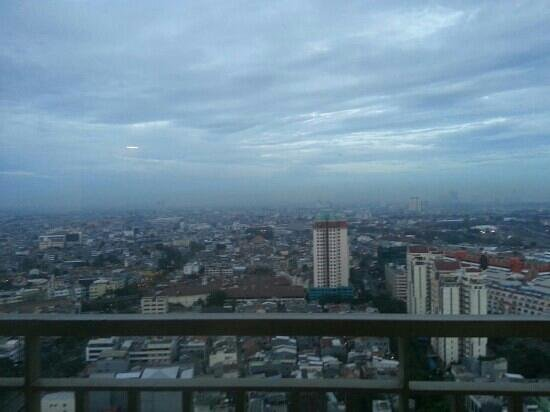 BEST WESTERN Mangga Dua Hotel and Residence: view from balcony